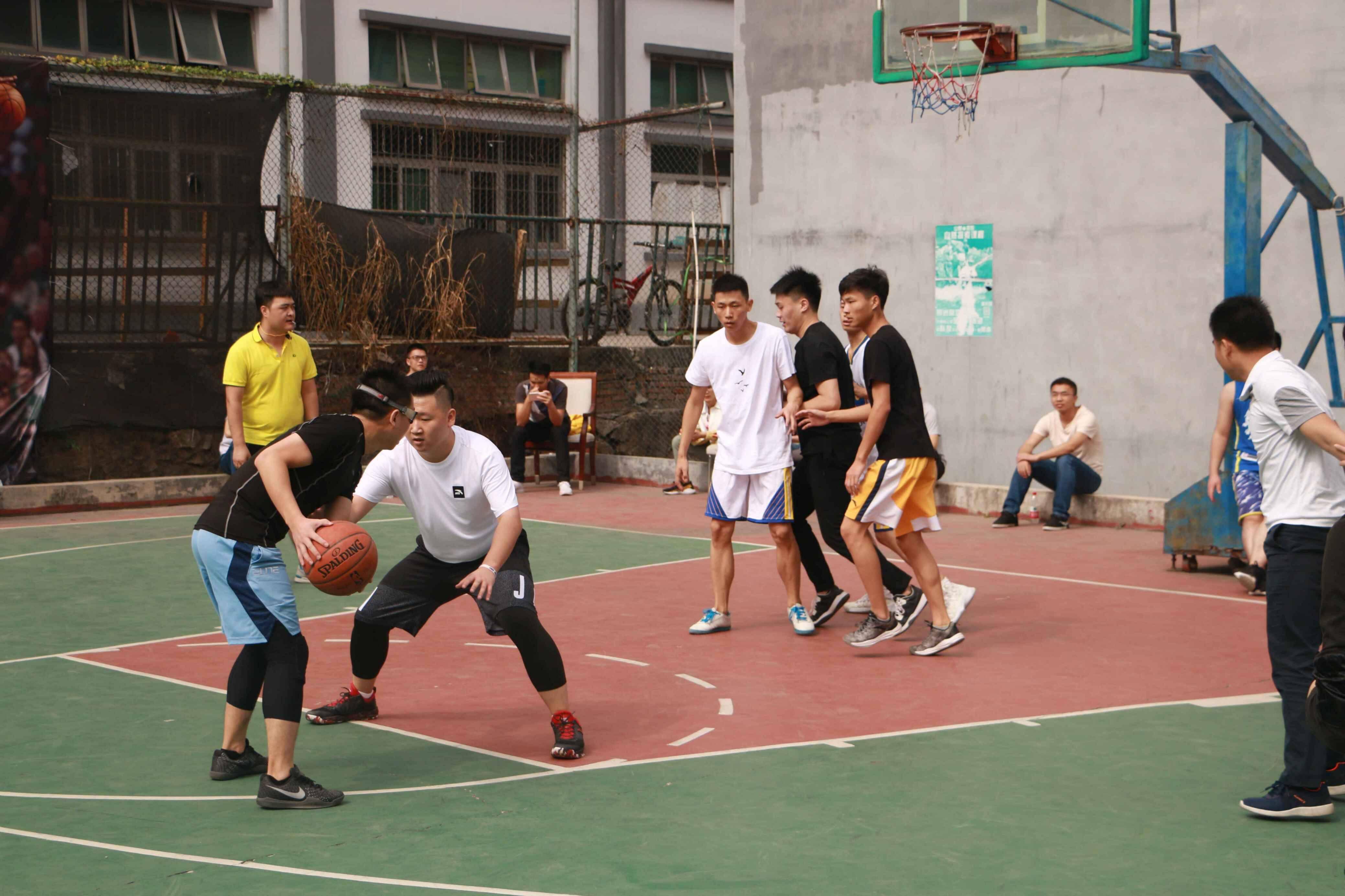 源中瑞篮球比赛开场