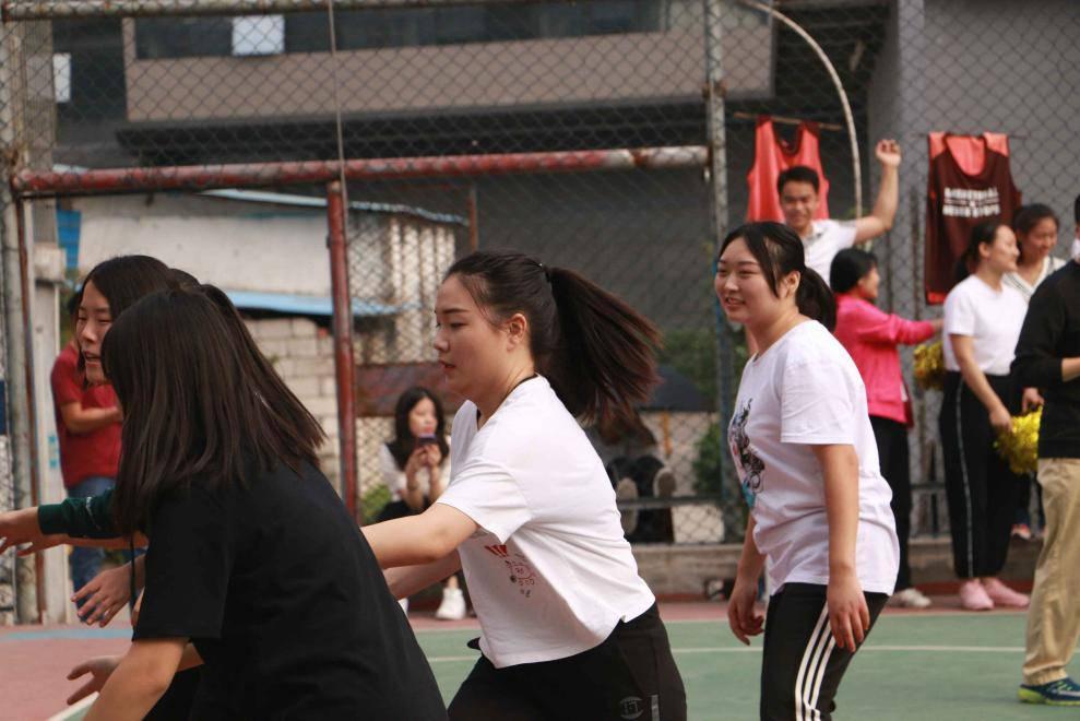 源中瑞女子组篮球比赛
